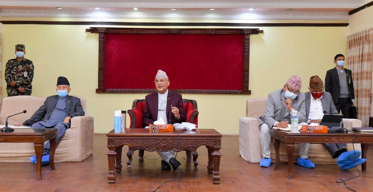 एमालेको आकस्मिक बैठक : माधवलाई फकाउन यस्तो निर्णय, ओली आफैं प्रधानमन्त्री बन्ने